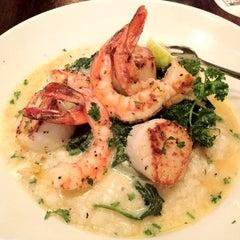 Photo taken at Pappadeaux Seafood Kitchen by Kim N C. on 3/31/2012