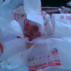 Photo taken at Burger King® by Aric D. on 8/12/2012