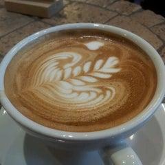 Photo taken at Caffè Artigiano by Kamilla F. on 9/8/2012