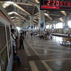 Photo taken at Panvel Railway Station by Shonit J. on 3/29/2012
