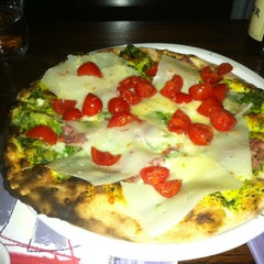 Photo taken at Matilde Pizza Bar by Thalis on 3/20/2012
