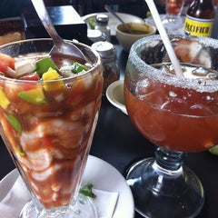 Photo taken at Pozole y Tacos Regios by Charlo G. on 6/24/2012