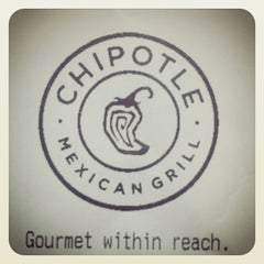 Photo taken at Chipotle Mexican Grill by Robert T. on 6/26/2012