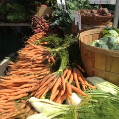 Photo taken at Davis Square Farmers' Market by Joey K. on 7/5/2012