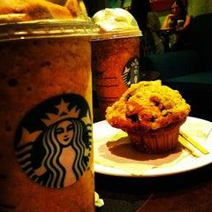 Photo taken at Starbucks by Felipe K. on 4/22/2012