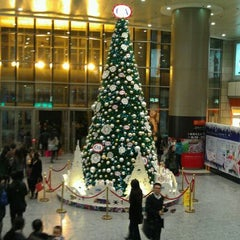 Photo taken at 正大广场 | Super Brand Mall by Amit G. on 12/3/2011