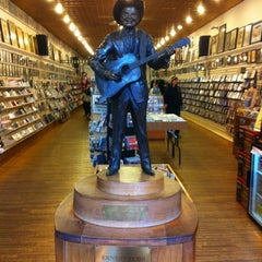 Photo taken at Ernest Tubb Record Shop by Chris D. on 3/1/2012