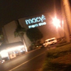 Photo taken at Macy's by Daniel p. on 1/20/2011