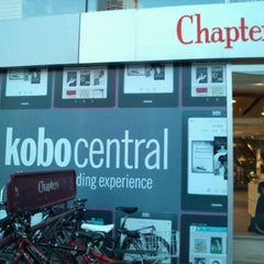 Photo taken at Chapters by Eiji S. on 4/28/2012