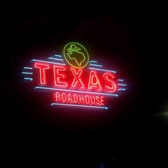 Photo taken at Texas Roadhouse by Jeffrey A. on 9/20/2011