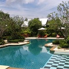 Photo taken at Tachawan Resort & Restaurant by Tachapon K. on 12/20/2011