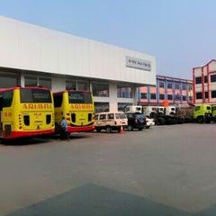 Photo taken at Pool Bus Arimbi/Bima Suci/AJA by Adhari H. on 9/5/2012