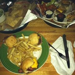 Photo taken at Applebee's by Jasmine J. on 11/5/2011