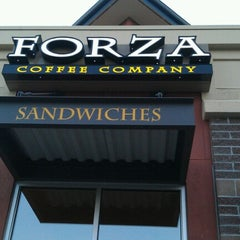 Photo taken at Forza Coffee Co. by Robert L. on 8/7/2012