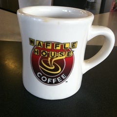 Photo taken at Waffle House by Brian R. on 6/11/2011