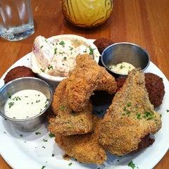Photo taken at Angeline's Louisiana Kitchen by Rashaad on 9/15/2011