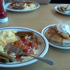 Photo taken at IHOP by Natassja P. on 9/24/2011