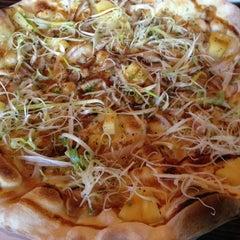 Photo taken at Bellini Pasta Pasta by Taeyang on 3/6/2012