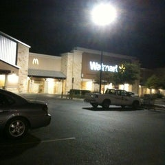 Photo taken at Walmart Supercenter by Lara G. on 8/18/2011
