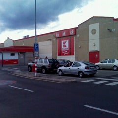Photo taken at Kaufland by Vratislav Z. on 7/31/2012