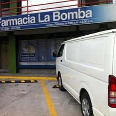 Photo taken at Farmacia La Bomba by Daniel A. on 6/29/2012