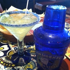 Photo taken at Chili's Grill & Bar by larry m. on 7/8/2011