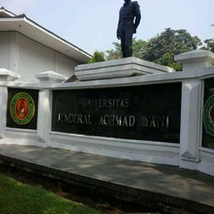 Photo taken at Universitas Jenderal Achmad Yani (UNJANI) by Romi H. on 6/26/2012