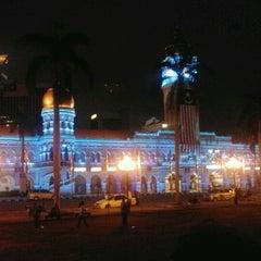 Photo taken at Independence Square (Dataran Merdeka) by Syazurin A. on 8/26/2012