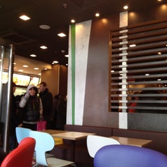 Photo taken at McDonald's by Alla A. on 3/31/2012