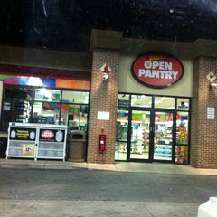 Photo taken at Citgo / Open Pantry by Joseph T. on 9/24/2011