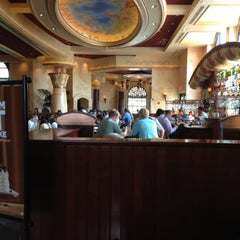Photo taken at The Cheesecake Factory by Alejandra Rueda w. on 7/13/2012