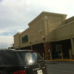 Photo taken at Publix by Ed A. on 3/13/2012