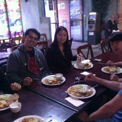 Photo taken at Naan-N-Curry by Holden K. on 10/31/2011
