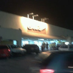 Photo taken at Extra Hiper by Felipe F. on 11/7/2011