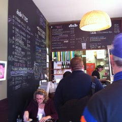 Photo taken at DUB Pies - Windsor Terrace by Jess A. on 11/7/2011