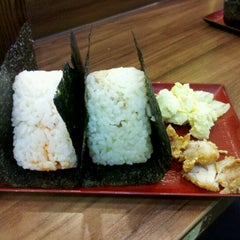 Photo taken at Niko Niko Onigiri by Henry .. on 8/18/2012