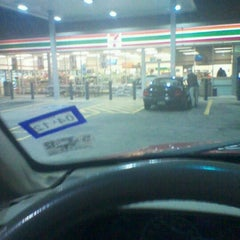 Photo taken at 7-Eleven by Naturallyfly E. on 11/12/2011