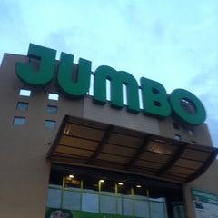 Photo taken at Jumbo by MatíasBenjamín M. on 6/30/2012