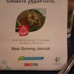 Photo taken at Surabaya Plaza Hotel by avindra nazla s. on 6/9/2012