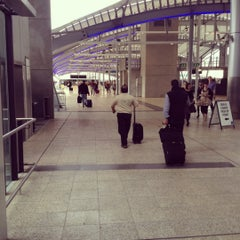 Photo taken at Brisbane Domestic Terminal by Ferdy O. on 5/24/2012