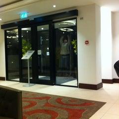 Photo taken at Kensington Close Hotel by Konstantin L. on 3/13/2012