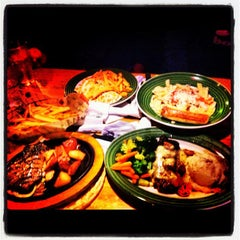 Photo taken at Applebee's Milpitas by Ruby G. on 5/18/2012