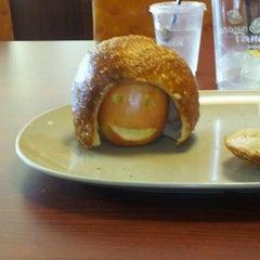 Das Foto wurde bei Panera Bread von Christina R. am 8/24/2012 aufgenommen