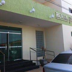 Photo taken at Royal Plazza Hotel by Bruno M. on 4/11/2012