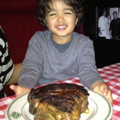 Photo taken at Manny's Steakhouse by Andrew G. on 3/30/2012