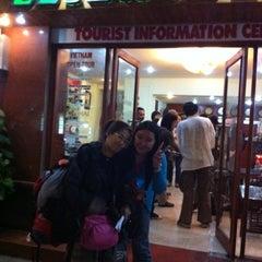 Photo taken at Elizabeth Hotel by N.S.Gregson🎀🎷 妮. on 4/10/2012