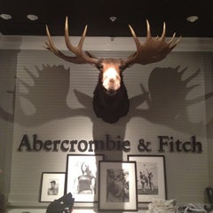 Photo taken at Abercrombie & Fitch by Susan E. on 8/15/2012