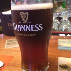 Photo taken at Irish Eyes Pub & Restaurant by Dave S. on 3/17/2012