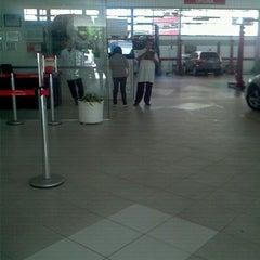 Photo taken at Honda Nova Luz by Luciana P. on 12/26/2011