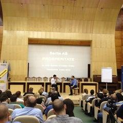 Photo taken at Universitatea de Vest by Laszlo P. on 5/8/2012
